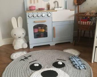 Bear rug 105cm
