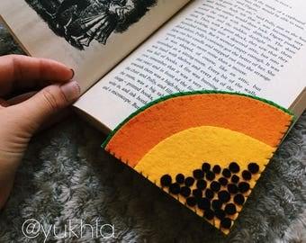 Papaya felt bookmark. Exotic felt bookmark for your summer reading.