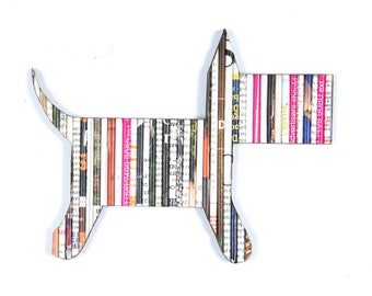 Recycled Rolled Magazine Paper- Dog