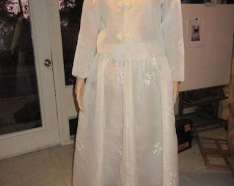 Hanbok KOREAN Dress CUSTOM MADE modern Korean Dress Hand Embroidered