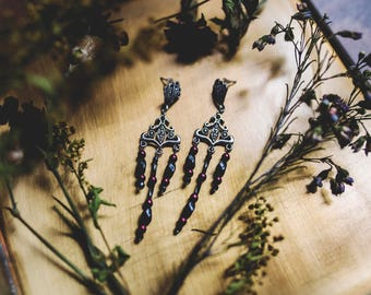 Romantic earrings, the delicacies, Burgundy and black beads