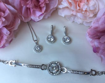 Wedding accessories, bridal accessories, wedding jewellery, bridal jewellery, jewellery set, bridesmaid gift, cubic zirconia jewellery