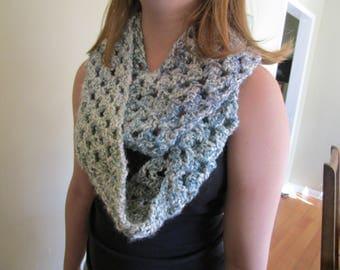 Women's crochet Infinity scarf