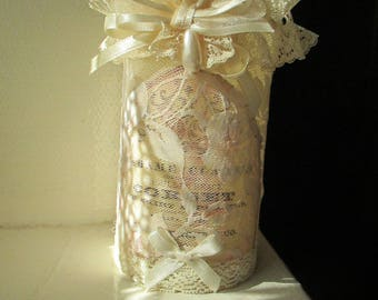 Romantic candle... Pearl and lace