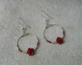 Creole earrings Burgundy flower in resin