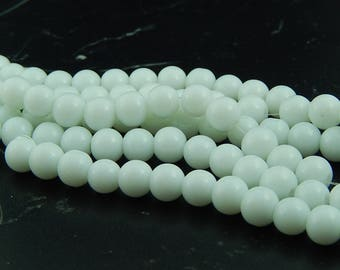 40 frosted glass white 8mm beads