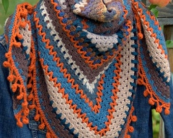 Shawl, scarf / crochet half-granny square soft colors (blue, taupe, carrot)