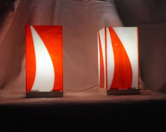 Pair of bedside lamps stained glass red white and white red Glasmalerei lamp, Stained glass lamp