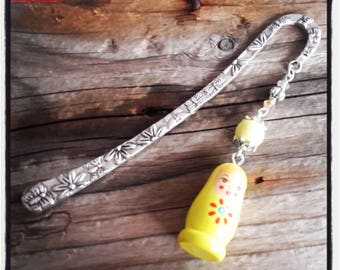 Bookmark silver flowers / butterfly and Russian doll charm / beads yellow