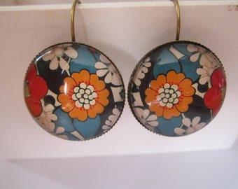 Retro flowers glass cabochon earrings