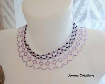 Choker bib neck with 4 rows of purple beads