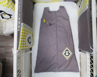 Sleeping bag 2nd age gray and yellow pattern penguins