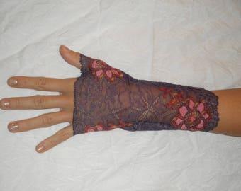 Fingerless gloves violet lace, pink and orange flowers