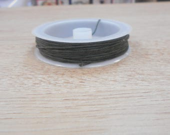 spool of 10 meters of 1 mm waxed cotton color khaki Green
