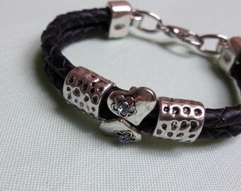 Heart against heart.. .this cute bracelet!
