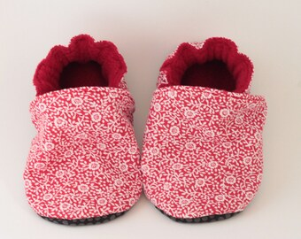 Child girl or baby soft booties * custom *.