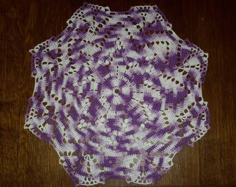 Round doily, 34 cm, gradient purple-purple-white