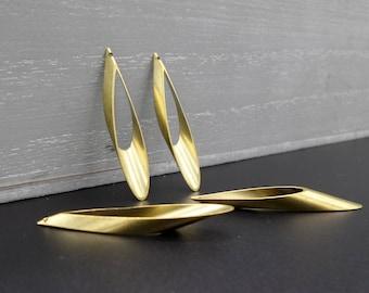 2 drop pendants Gold 4 x 0.5 cm