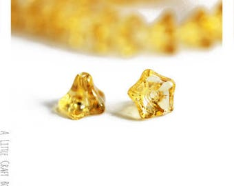 Bell glass flower beads 6 - yellow