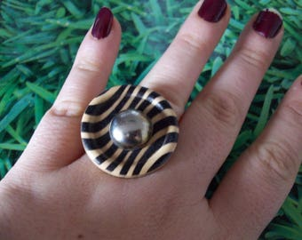 ring leopard buttons