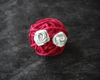 "Gray paper ""pink"" flower earring"