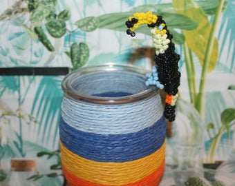 Animal beads: toucan in seed beads