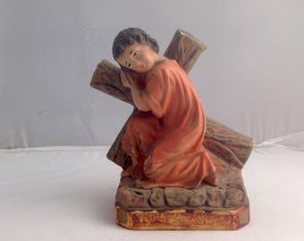 Statuette de Crucifixion Vintage craie Figurine Jésus portant Croix Statue religieuse (Ref n° Z32)