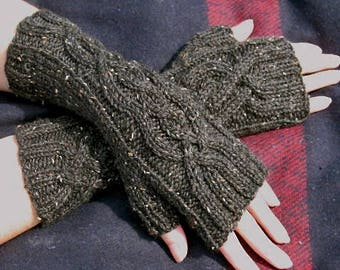 Women's Cable Knit Fingerless Gloves / Handmade Arm Warmers / Peruvian Wool Mittens / Charcoal Gray Tweed / Accessories / Ready to Ship