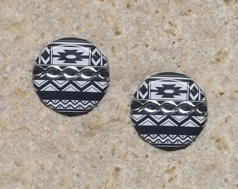 2 round cabochon 20 mm resin ethnic pattern