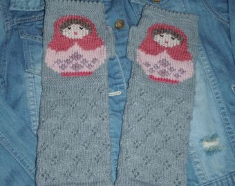 Original knitted and hand embroidered wool mittens / matryoshka pattern