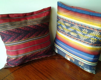 SET OF 2 CUSHION COVERS IN COTTON TAILORED RED AND BLUE