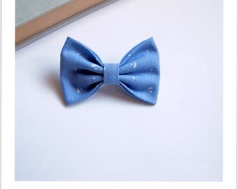 """hair bow """"clip - me"""" blue and white"""