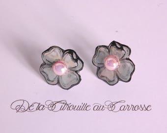 Silver flower, pink, Black Pearl Studs/posts