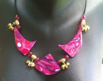 Fuchsia, Plum, red tones necklace