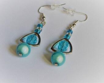 Earrings light blue Pearl resin