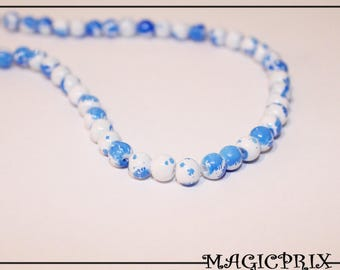 Set of 130 beads 6 mm speckled white & blue m2678 stained glass