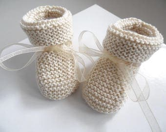 Booties or bottons knitting baby wool