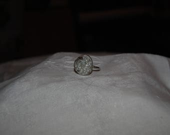 White Pearlescent ring