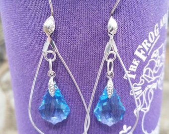 Lt Blue Swarovski Crystal Earrings with Silver Wires SB37