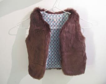 18-24 month sleeveless vest in Brown fake fur baby