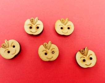 5 buttons wood Apple 1.8 centimeters