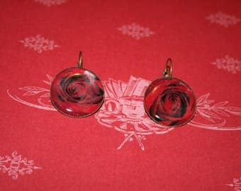 Earrings - fantasy - 'red rose' cabochon