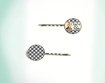 2 hair clips - vintage - cabochon - just a kiss