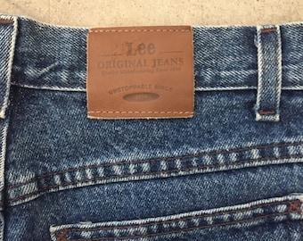 Vintage* high waisted medium wash Lee Original Jeans- Mom shorts