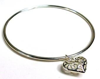 Silver plated heart N3404 Bangle Bracelet