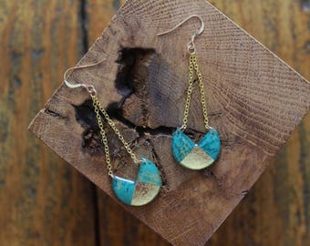 Nice pair of stud earrings resin decorated with gold leaf and turquoise and gold paper