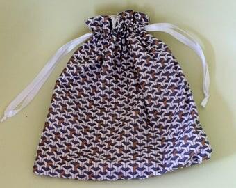 /Pochon bag to store lingerie