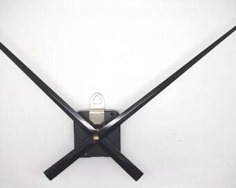 clockwork + big straight needles 16 / 24cm DIY