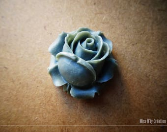 1 large resin Rose flower Cabochon gray