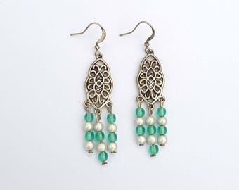 Earrings pearls and green